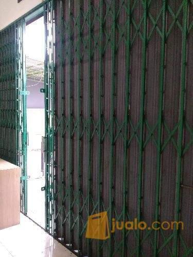 Jasa bongkar pasang & service pintu harmonika murah Jakarta Kota, timur, utara, selatan, barat & pusat (2136654) di Kota Jakarta Selatan