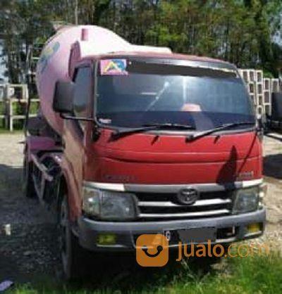 Truck Mixer Toyota Dyna Tahun 2014 (21645907) di Kota Jakarta Timur