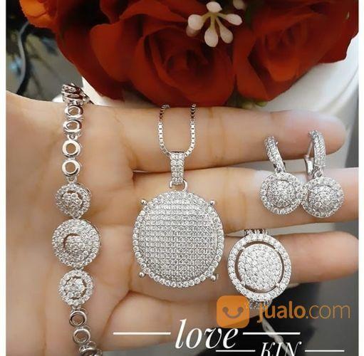 Terima mas yg tidak b perhiasan 21940795