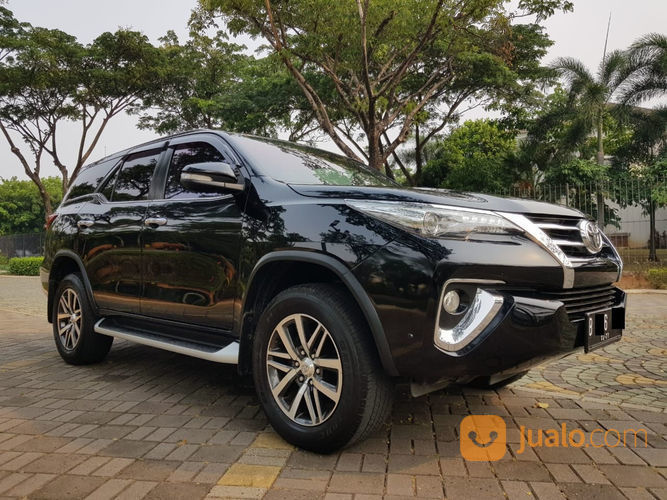 Toyota fortuner vrz a mobil toyota 22140235