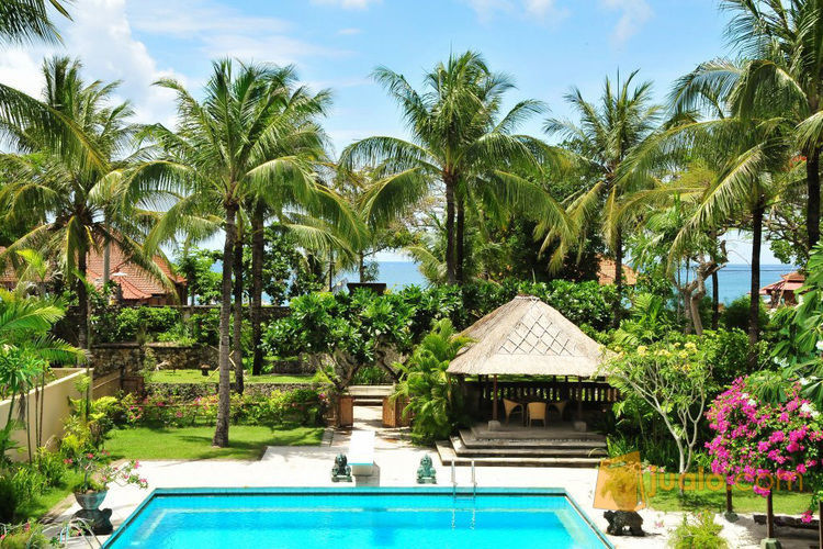 Dijual Tanah Super Strategis 1 1 Ha Di Pinggir Pantai Jimbaran Bali Sudah Ada 3 Villa Di Atasnya Cocok Untuk Bangun Resort Atau Hotel Berbintang Kab Badung Jualo