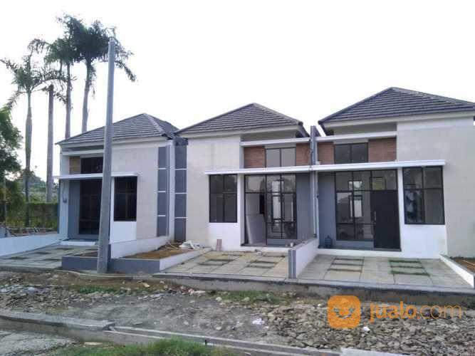 Rumah Cluster Putih Konsep Modern Disawangan Depok (23392211) di Kota Depok