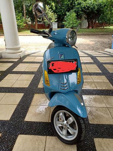 Motor Vespa Primavera (23425995) di Kota Bekasi