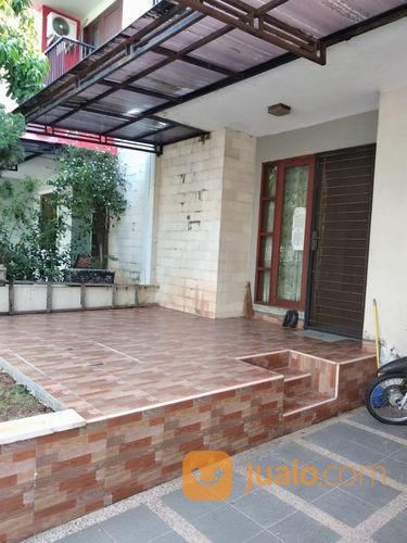 Rumah HUNIAN NYAMAN SEKALI 2 LANTAI Di Harmoni Harapan Indah (23655995) di Kota Bekasi