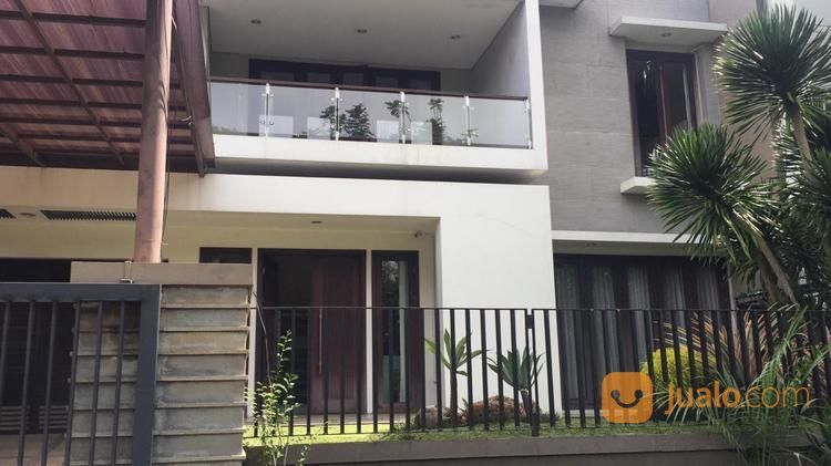Graha Family Blok N Terawat & Semi Furnish (24018747) di Kota Surabaya