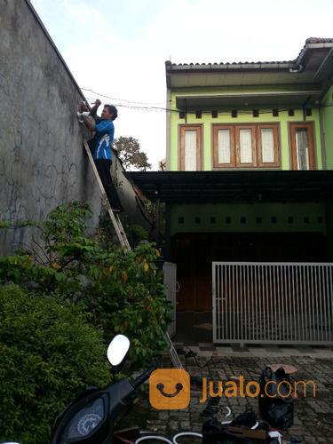 Pasang Parabola Jaring Hitam Di Taman Golf (24380599) di Kota Jakarta Utara