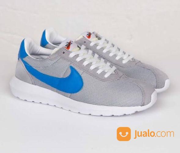 Nike Roshe Run LD-1000 QS - US size 8.5
