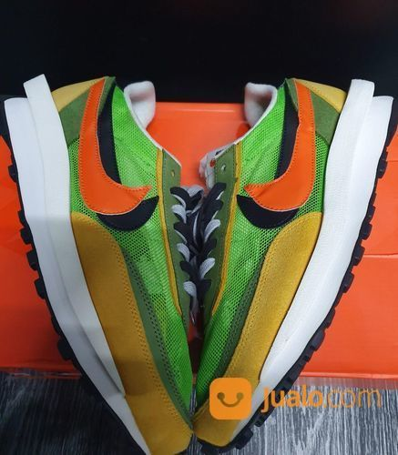Nike LD Waffle Sacai Green Gusto - US size 10 (24921399) di Kota Jakarta Selatan