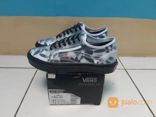 Sepatu Vans Old Skool X Zhao Zhao (25518635) di Kota Bandung