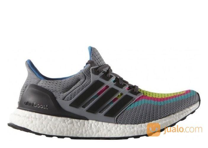 adidas Ultra Boost 2.0 Multi-Color Gradient - US size 11.5 (25540107) di Kota Jakarta Selatan