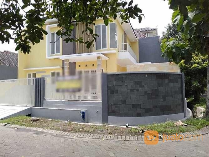 Rumah Mewah Strategis Dengan Kolam Renang Cocok Untuk Hunian Anda Di Kota Malang (25565611) di Kota Malang