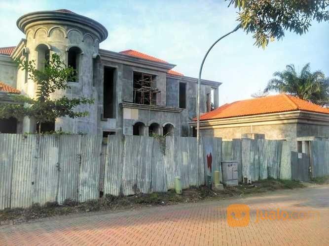 Rumah Mewah GRAHA FAMILI Blok G View Golf , Surabaya Barat (26324427) di Kota Surabaya