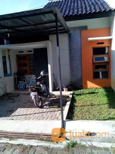 Rumah Strategis Di Komplek Bukit Sariwangi (26398247) di Kab. Bandung Barat