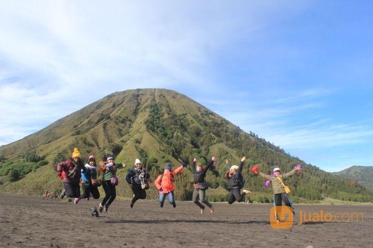 Open Trip Bromo Coban Pelangi Dan Agro Apel 2020 (27408015) di Kab. Karawang