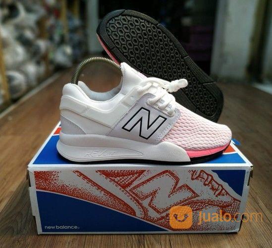 Sepatu New Balance 247 White Pink