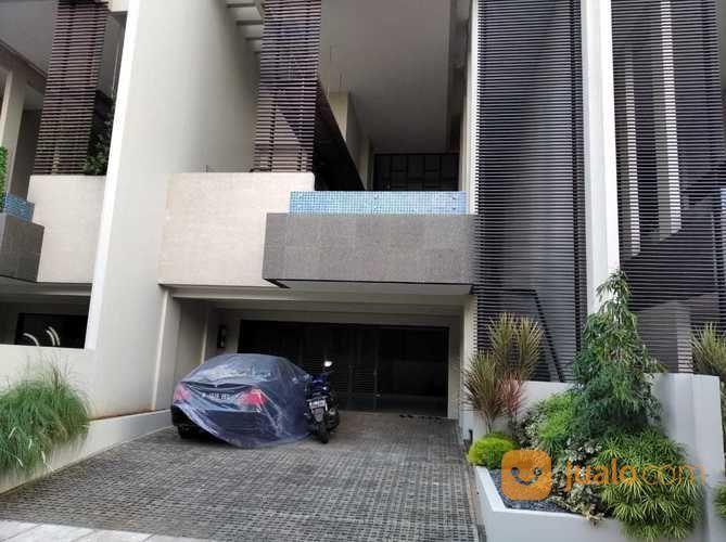 Brand New Townhouse With Private Pool At Bidakara Tebet Jakarta Selatan (27585615) di Kota Jakarta Selatan