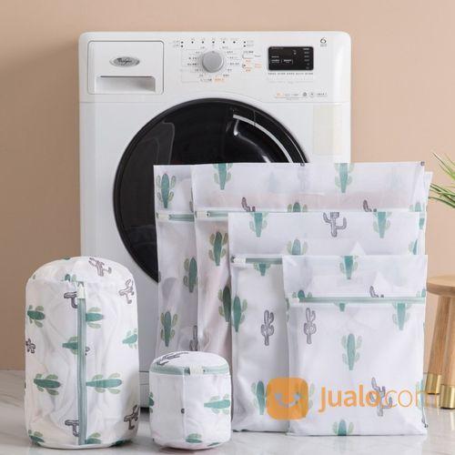 Laundry Cuci Baju Selesai Kering 2 Jam Cuci Baju Sprei Selimut Laundry Sawojajar Malang Antar Jemput (28106083) di Kota Malang
