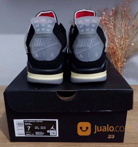 Sepatu Nike Air Jordan 4 Retro Bred X Off White (28598359) di Kota Bandung