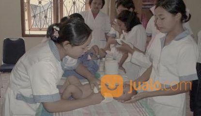 LOWKER ASISTEN RUMAH TANGGA (29024508) di Kota Depok