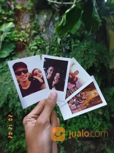 Polaroid Jogja Murah 10k Dapat 20 Foto (29127841) di Kota Yogyakarta
