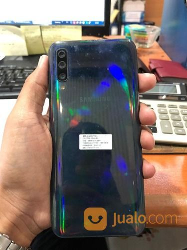 Samsung A50 Black 4/64, Touchsreen, Kamera, Speaker Masih Pada Ok,.., (29216572) di Kota Jakarta Utara