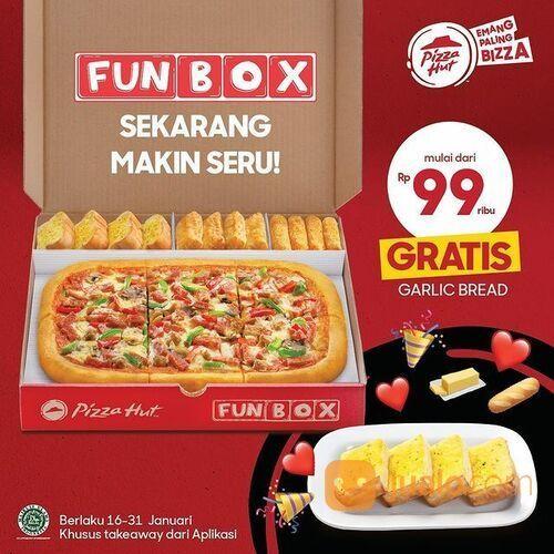 Pizza Hut Fun Box Promo mulai dari 99.000 Gratis garlic Bread* (29385198) di Kota Jakarta Selatan