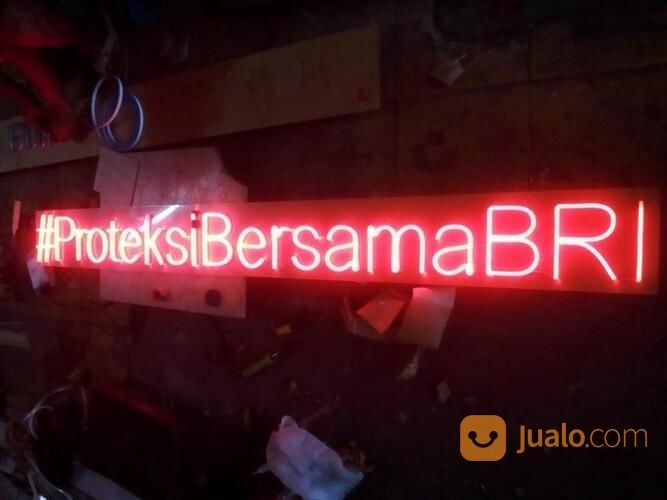 Jasa Pembuatan Huruf Timbul Akrilik Bank Balikpapan (29864525) di Kab. Ogan Ilir
