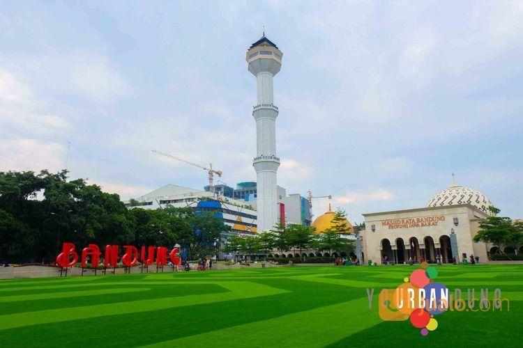Paket Tour Bandung 13 - 17 Agustus 2021 Opentrip Tour Terbuka Untuk Umum (29903630) di Kab. Sidoarjo