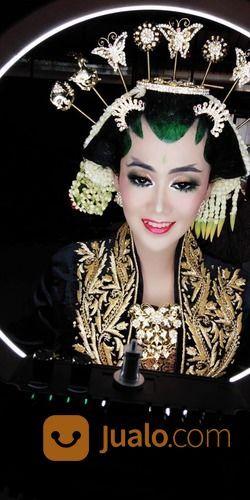 Rias Pengantin Jilbab Dan Adat (29936563) di Kab. Tangerang