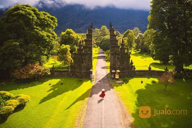 PRIVATE TOUR HARIAN BALI - PURA ULUN DANU (30051573) di Kab. Badung