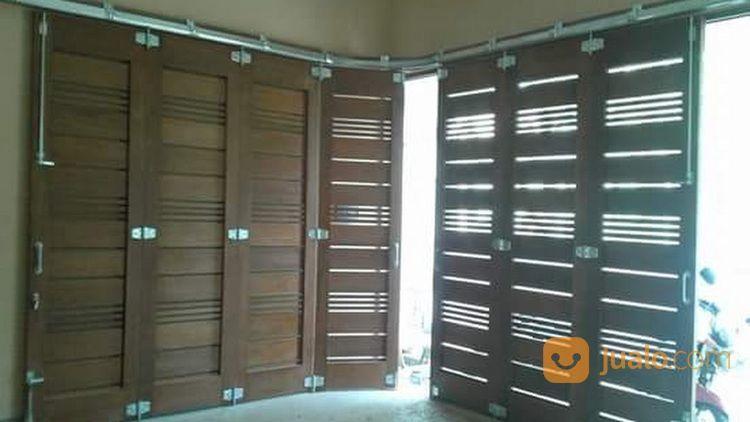 Bengkel Service Pintu Garasi Kayu (30438622) di Kota Bekasi