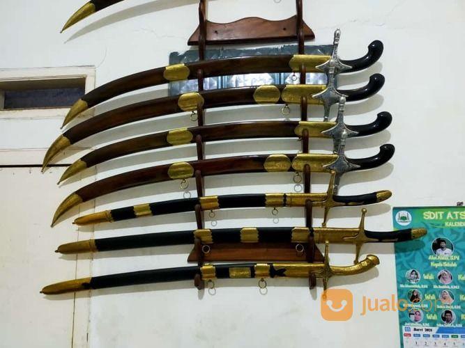 Berbagai Macam Pedang Berkualitas Sangat Istimewa (30456500) di Kota Sukabumi