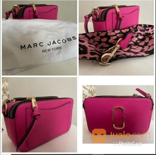 Brand March Jacobs Snapshot Kondisi Mulus Seperti Baru 98% (30877317) di Kota Bekasi