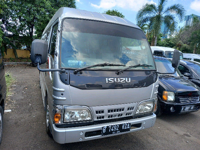 LELANG MOBIL ISUZU NKR 55 E2-1 LWB (30919613) di Kota Jakarta Barat