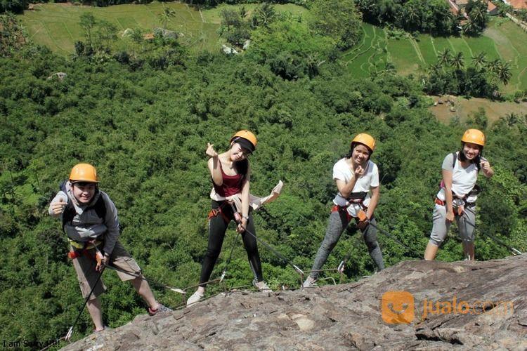 One Day Trip Panjat Tebing Via Ferrata 750 Mdpl (31035982) di Kota Bekasi