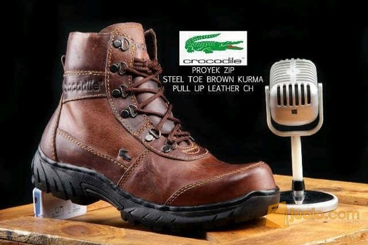 Sepatu crocodiel proy mode gaya pria 3388751