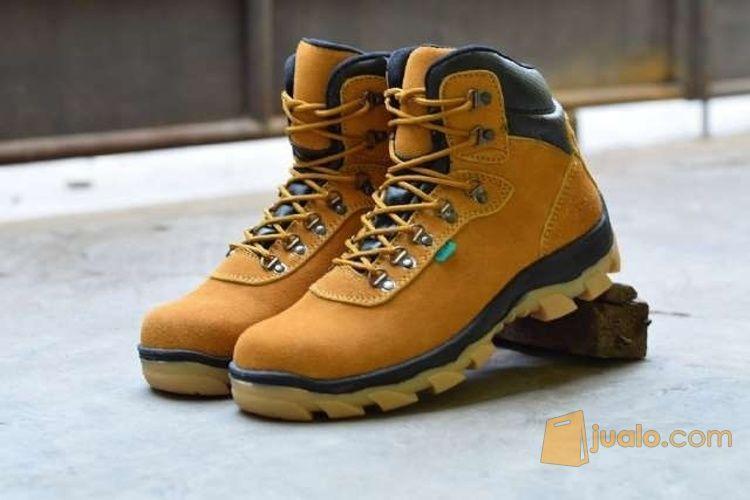 Sepatu boots azcost o mode gaya pria 3718797