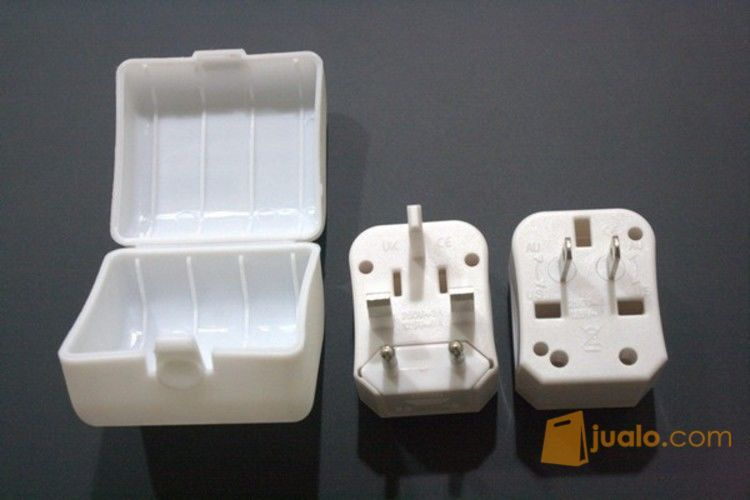 Universal Travel Adaptor, speaker & mouse wireless