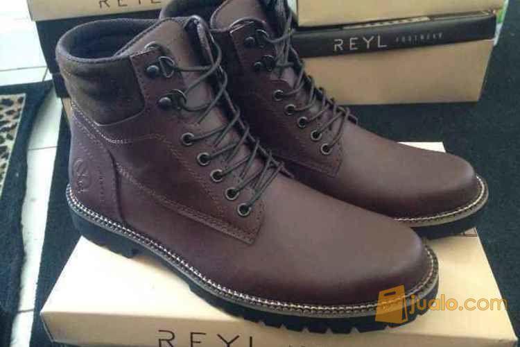 Sepatu boots kulit sa mode gaya pria 3822065