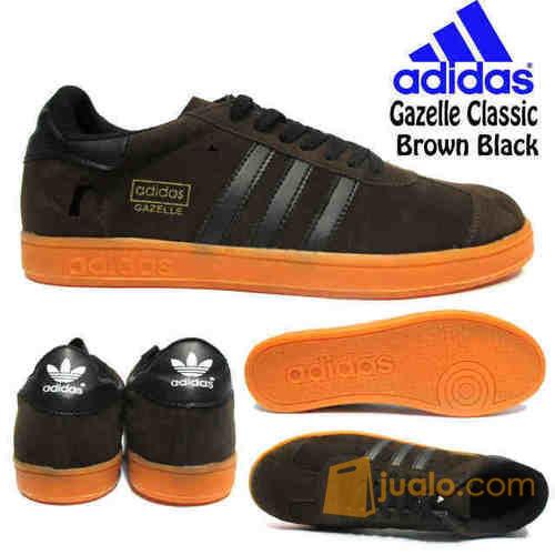 Sepatu adidas sepat mode gaya pria 4162081