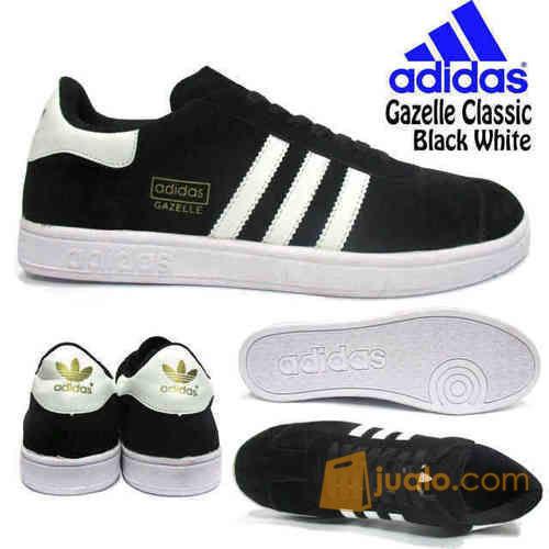Sepatu adidas sepat mode gaya pria 4168459