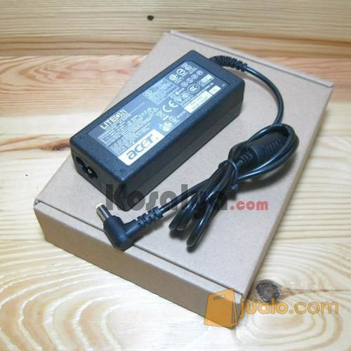 Charger / Adaptor Netbook Acer Aspire One 19v-1.58A (Tipe: D722, A110, D150, ZG5, DLL..)