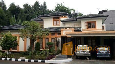 Rumah mewah strategis properti rumah 5687043