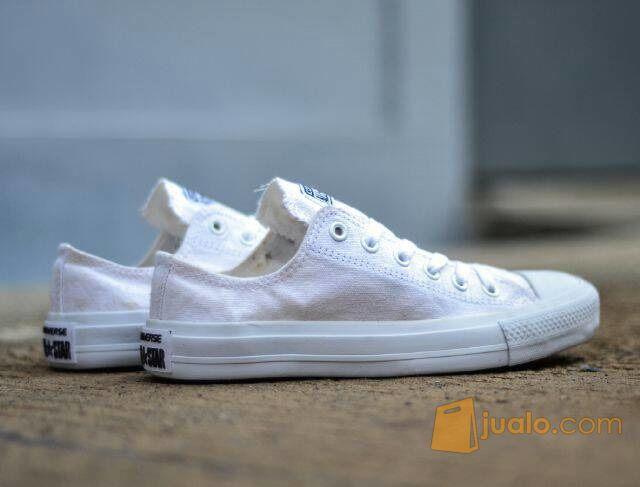 Sepatu casual keren converse chuck taylor 2 putih (5715169) di Kab. Bandung