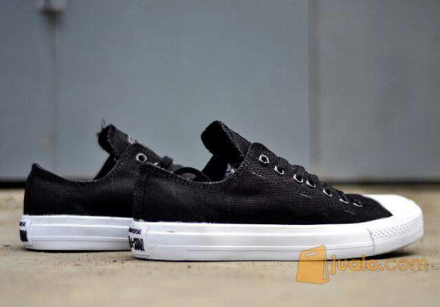 Sepatu casual keren converse chuck taylor 2 putih (5715197) di Kab. Bandung