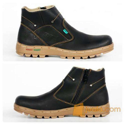 sepatu boot santai simpel indoor outdoor kickers zipper sleting (5720739) di Kab. Bandung