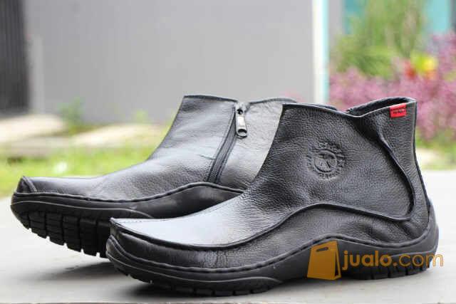 PROMO LEBARAN sepatu kerja formal casual polisi intel kickers zipper (5722629) di Kab. Bandung