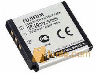 Baterai Fujifilm FUJI NP 50 / NP50 untuk kamera Finepix S 5 Pro dll (5747167) di Kota Lubuk Linggau