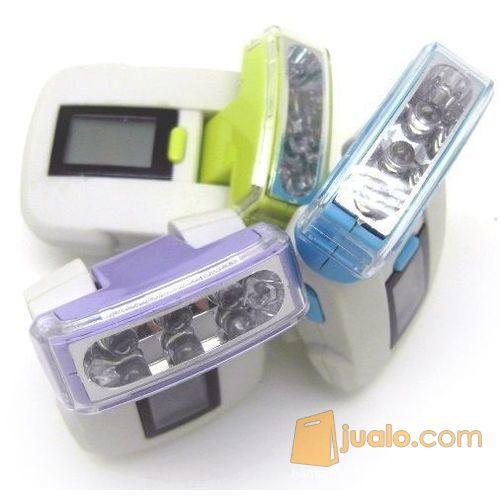 LED Flashlight Pedometer / Alat Penghitung Jarak Tempuh - White/Green (5871895) di Kota Bogor