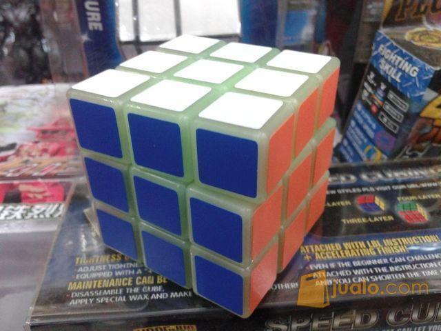 Rubik YongJun 3x3x3 Glow Super Licin (6413655) di Kota Jakarta Barat